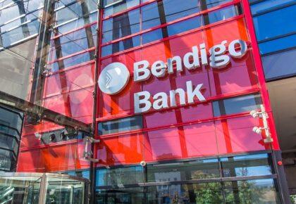 Frontage of Bendigo Bank building