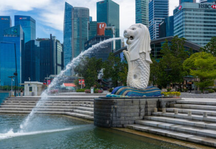 Singapore fintech investment downturn MAS